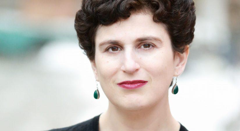 Sarah Weinman headshot